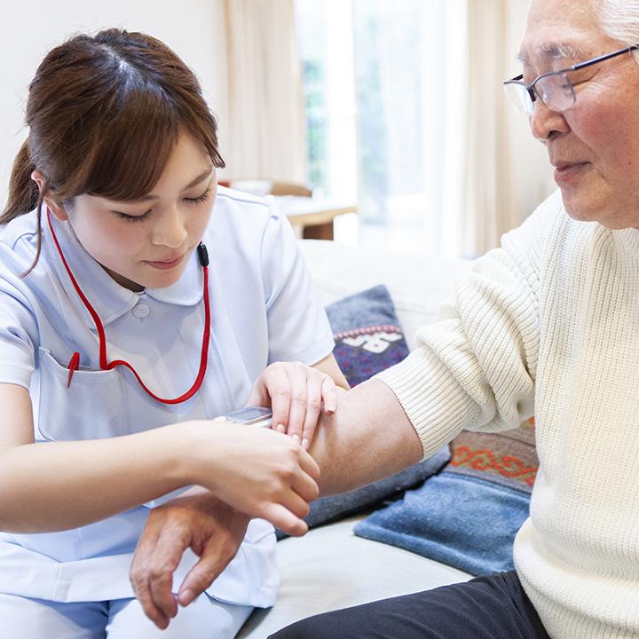 訪問看護認定看護師として働く人の声